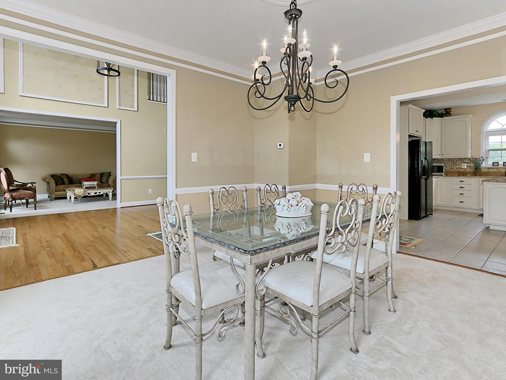 Dining Room - 34900 DELIA CT, ROUND HILL