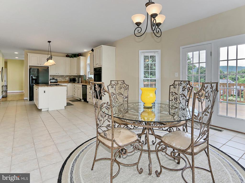 Breakfast Room / Kitchen - 34900 DELIA CT, ROUND HILL