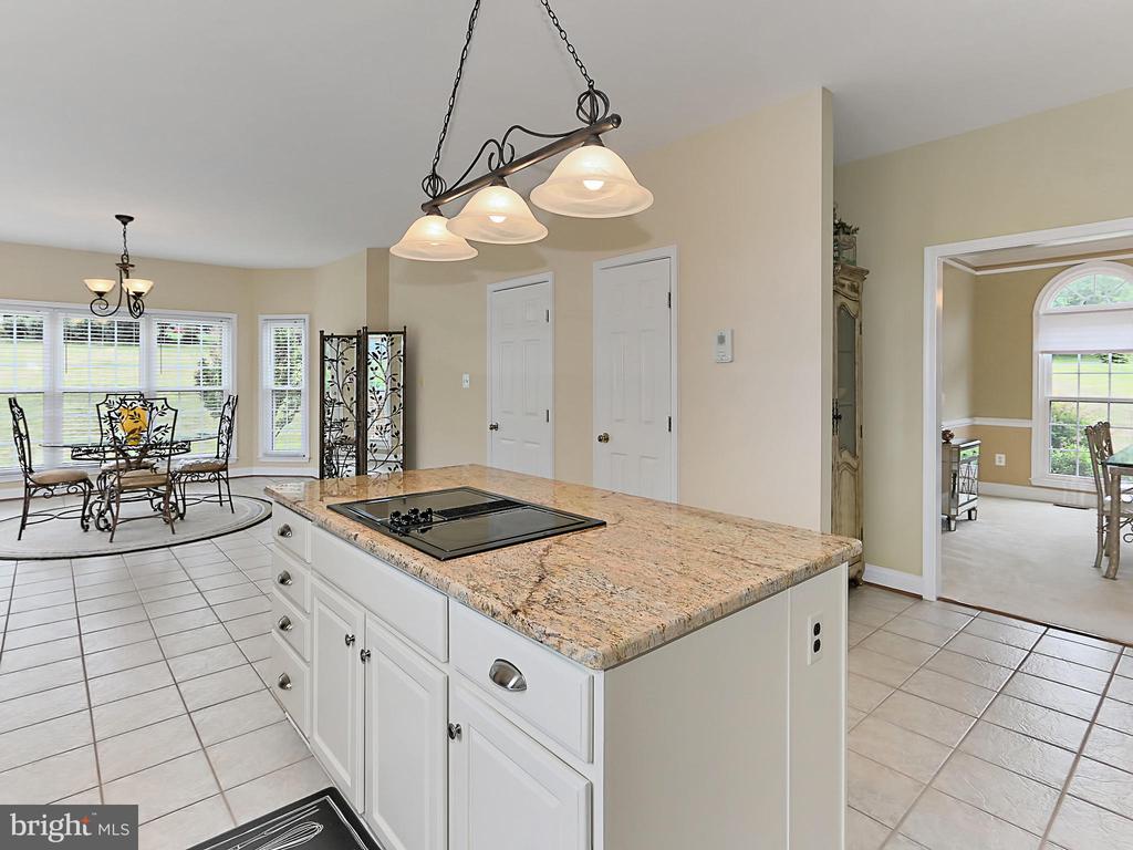 Kitchen / Breakfast Room - 34900 DELIA CT, ROUND HILL