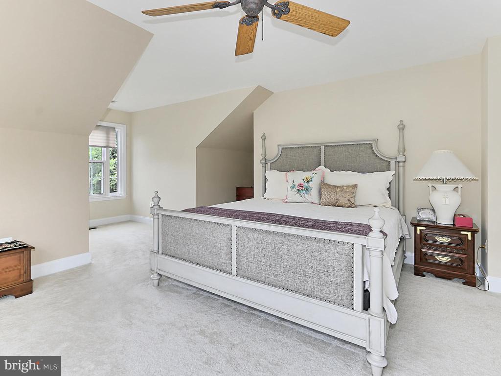 Master Bedroom - 34900 DELIA CT, ROUND HILL