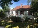 - 320 S ORCHARD DR, PURCELLVILLE