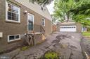 Off-street driveway parking for up to 6 cars - 3025 N WESTMORELAND ST, ARLINGTON