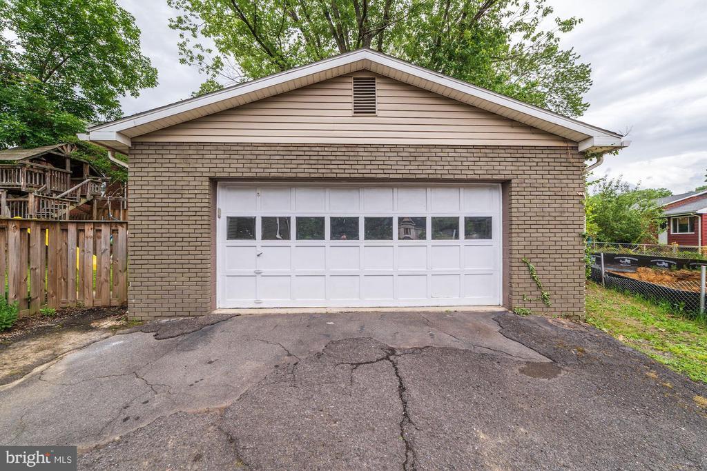 Detached 2 car garage - 3025 N WESTMORELAND ST, ARLINGTON