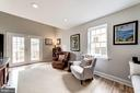 Family Room with access to outdoor living psace - 3025 N WESTMORELAND ST, ARLINGTON