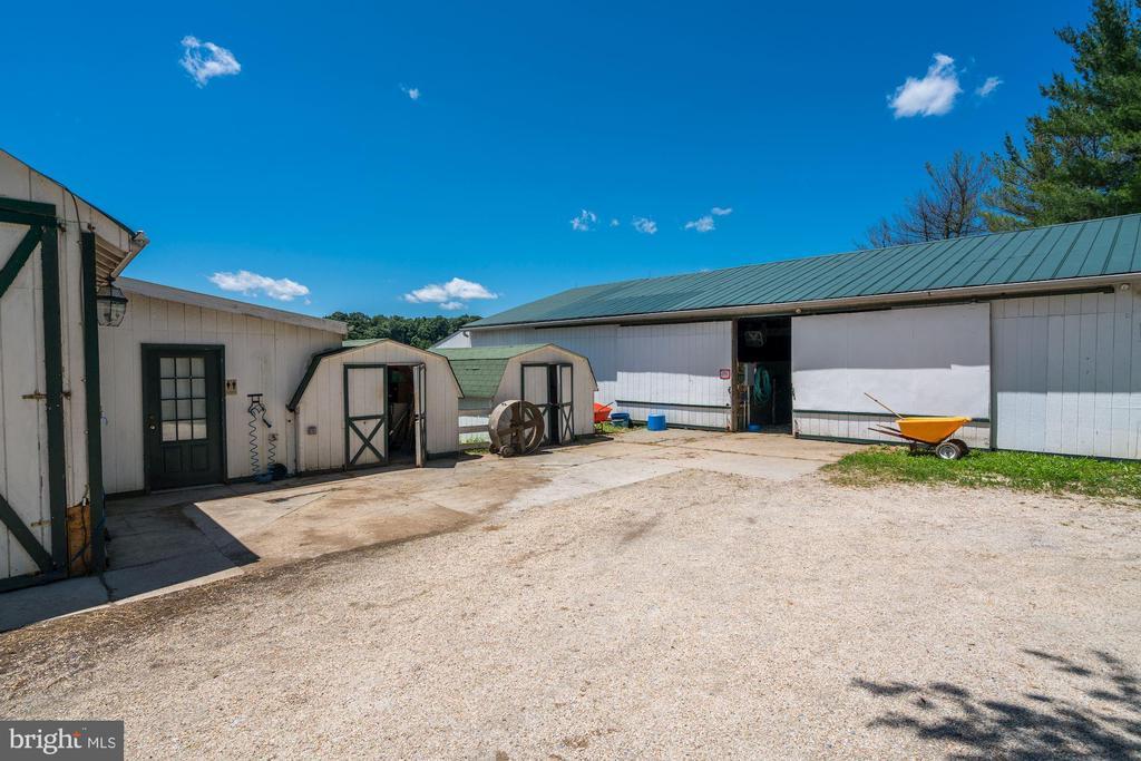 Second Barn & Two Sheds - 4309 SUNDOWN RD, GAITHERSBURG