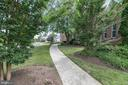 Front Walkway - 25189 BLACKSTONE CT, CHANTILLY