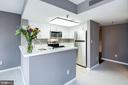 Open concept cooks kitchen - 801 PENNSYLVANIA AVE NW #1207, WASHINGTON