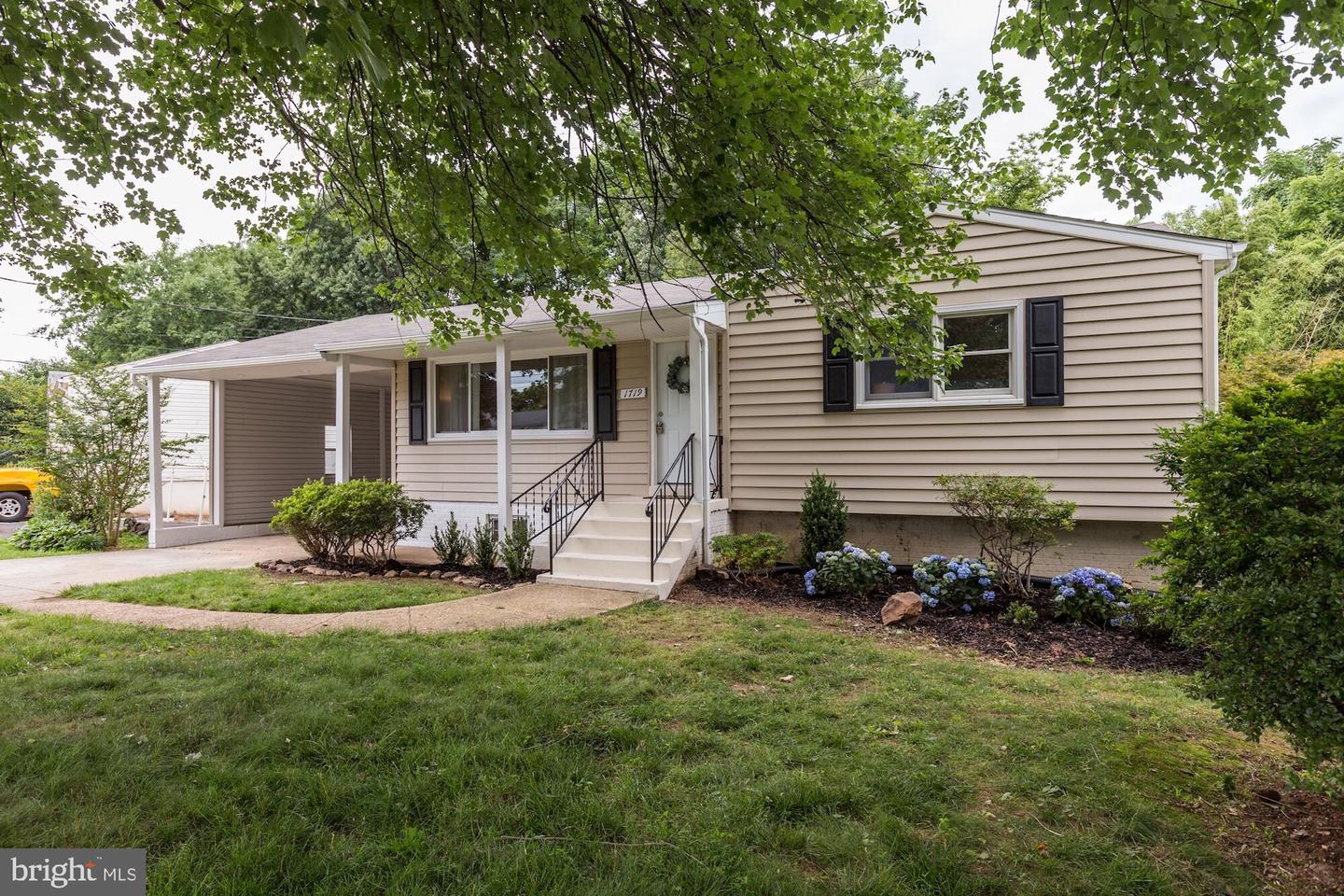 Single Family for Sale at 1719 Olney Rd Falls Church, Virginia 22043 United States