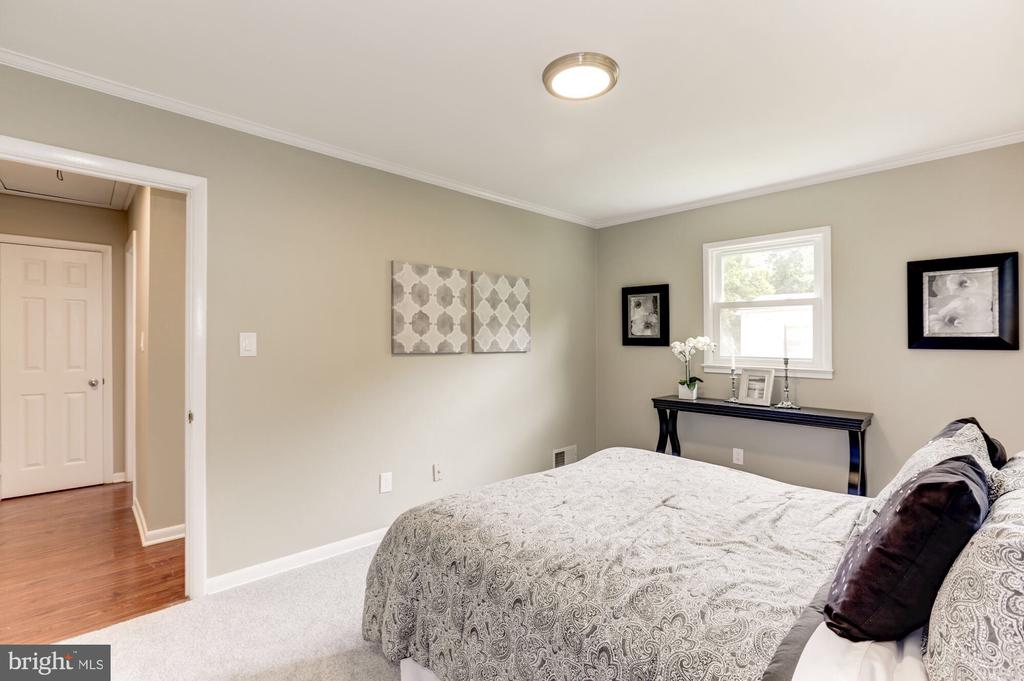Master bedroom - 1719 OLNEY RD, FALLS CHURCH