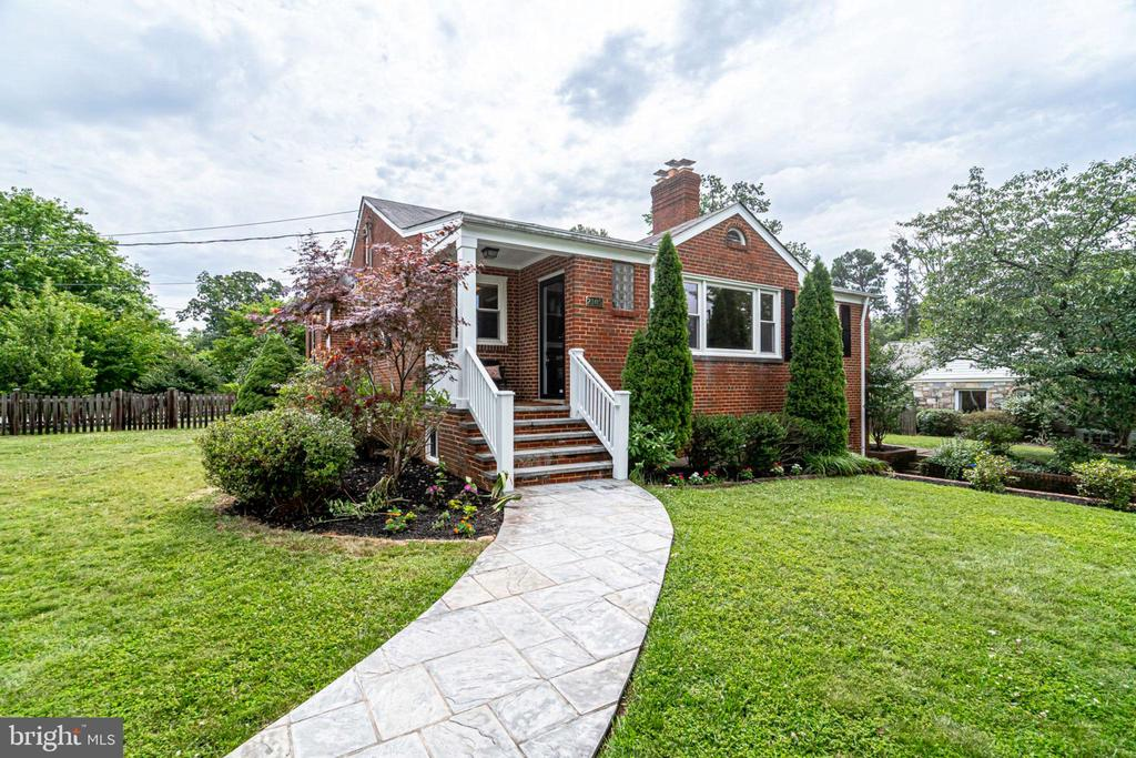 2105  MINOR STREET 22302 - One of Alexandria Homes for Sale