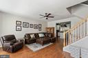 Spacious Family Room with Ceiling Fan - 20385 FARMGATE TER, ASHBURN