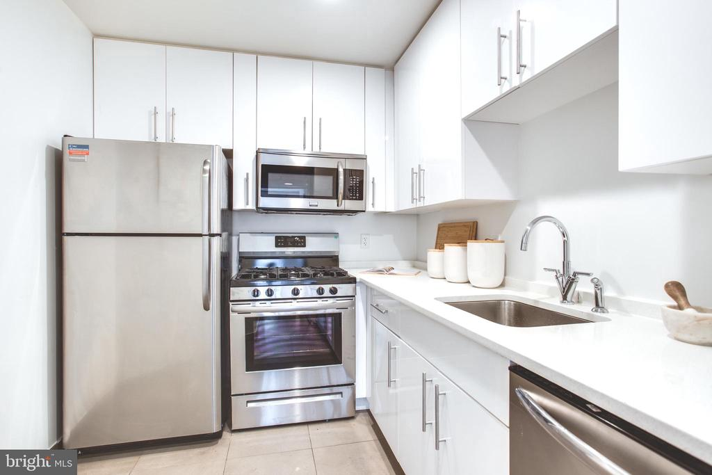 Renovated Kitchen - 1445 CHURCH ST NW #2, WASHINGTON
