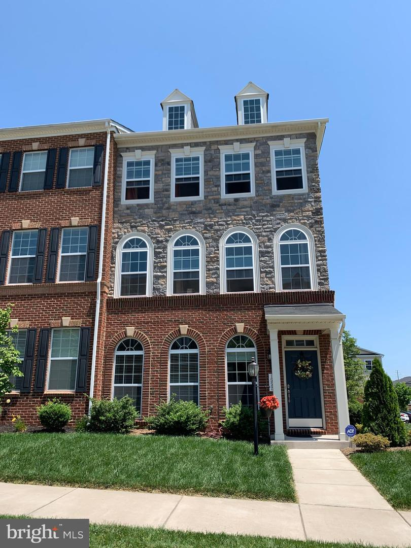 other residential homes for Rent at 1552 Kinnaird Ter NE Leesburg, Virginia 20176 United States
