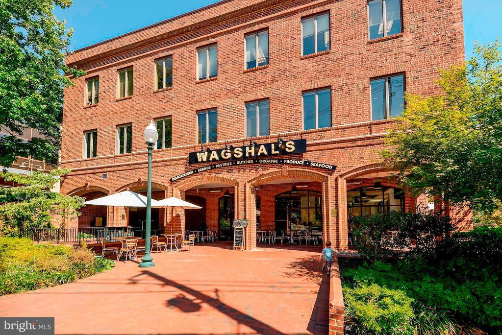 Wagshal's - 4114 DAVIS PL NW #4, WASHINGTON