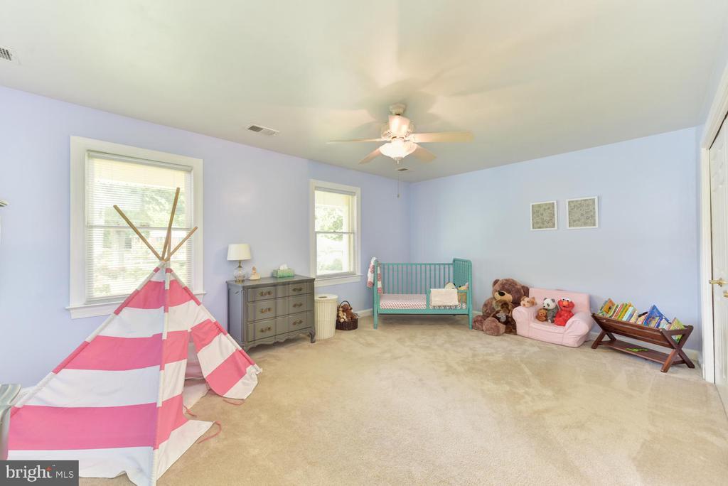 2nd upper level bedroom - 1503 RIVER FARM DR, ALEXANDRIA
