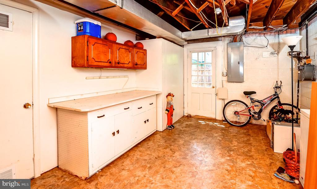 Utility and Storage room. - 6815 TILDEN LN, NORTH BETHESDA