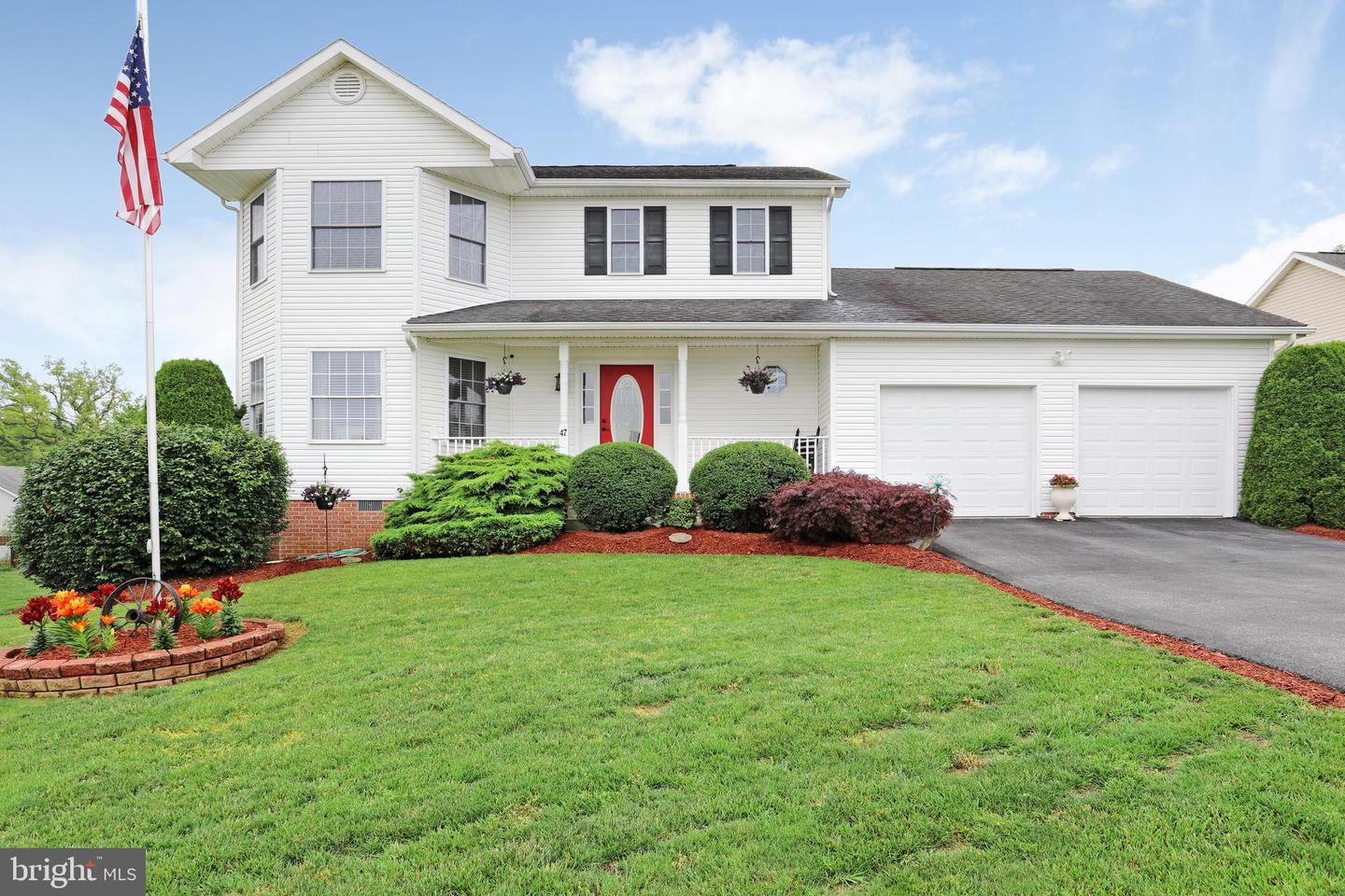 Single Family for Sale at 47 Snowshoe Ct Ranson, West Virginia 25438 United States