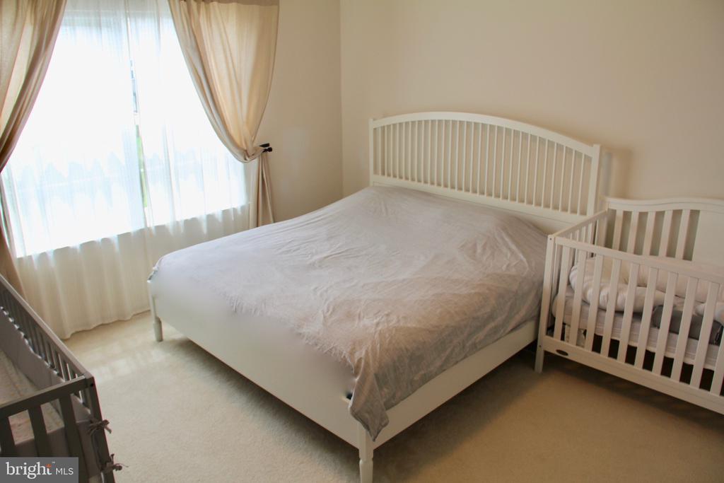 MasterBedroom - 9039 BELO GATE DR, MANASSAS PARK