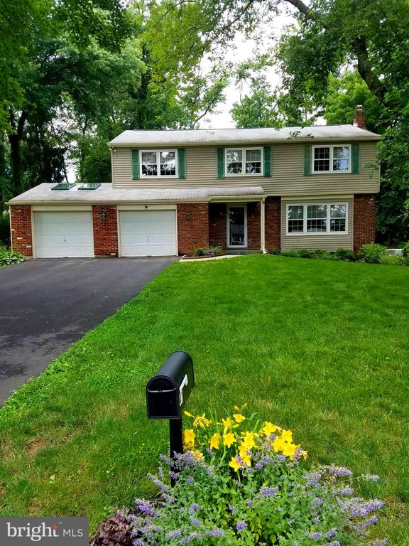 41  NOREEN DRIVE 19067 - One of Yardley Homes for Sale