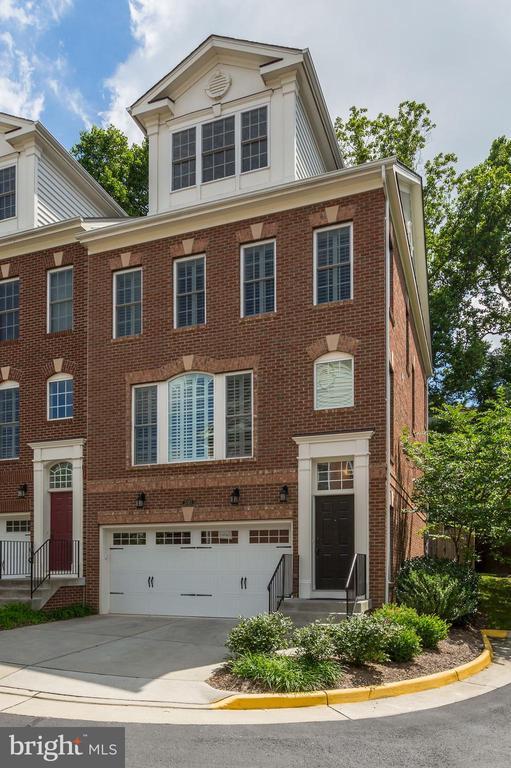 Falls Church Homes for Sale -  Cul De Sac,  2083  HUTCHISON GROVE COURT