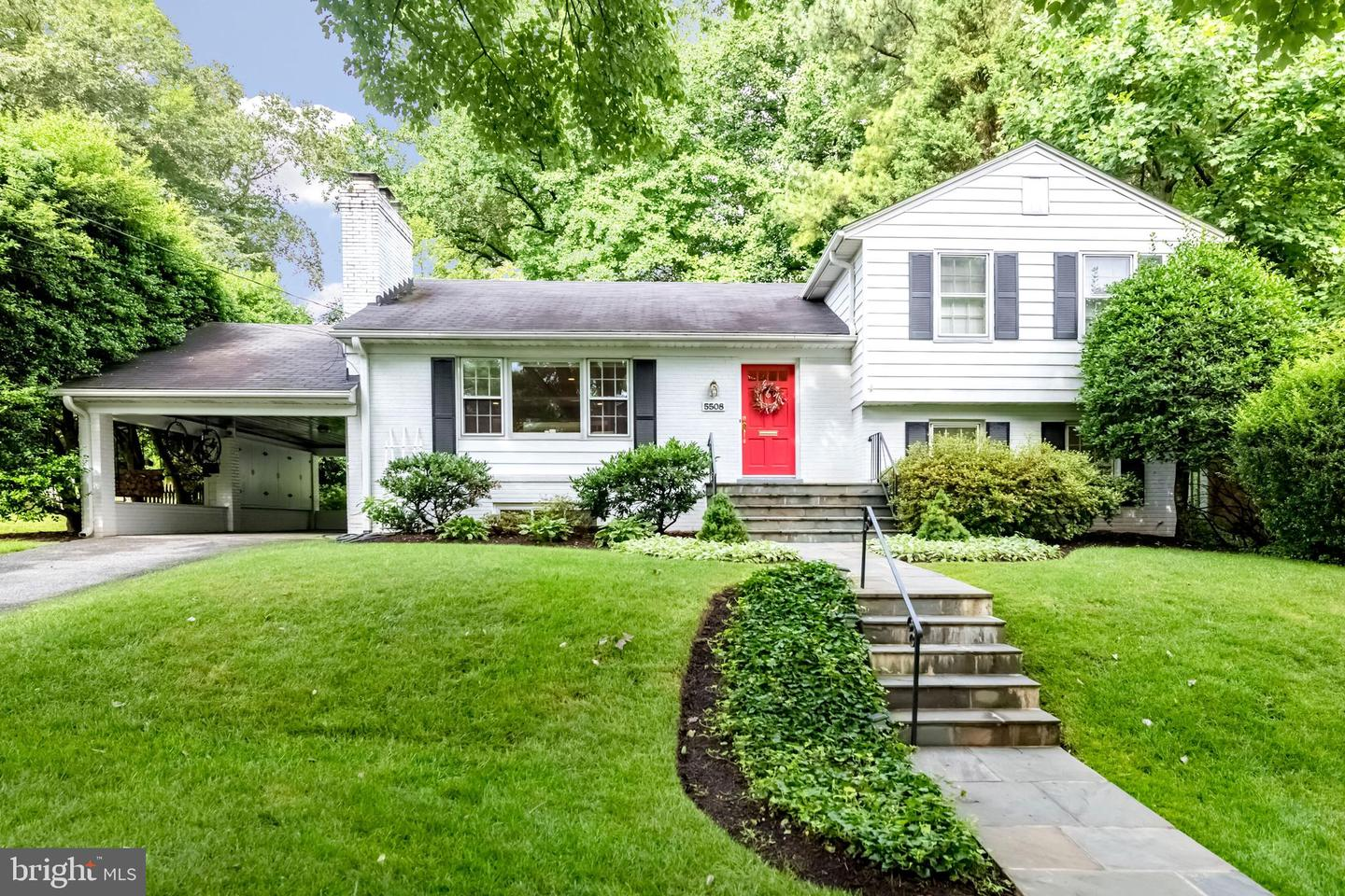 Single Family for Sale at 5508 Christy Dr Bethesda, Maryland 20816 United States