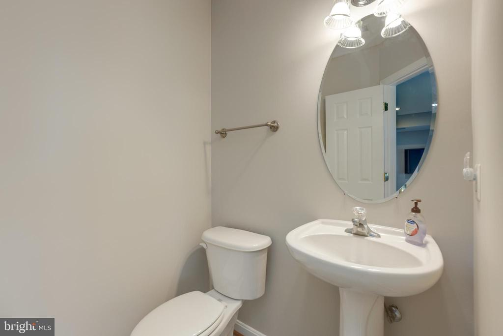 Lower level half bath - 24612 NETTLE MILL SQ, ALDIE