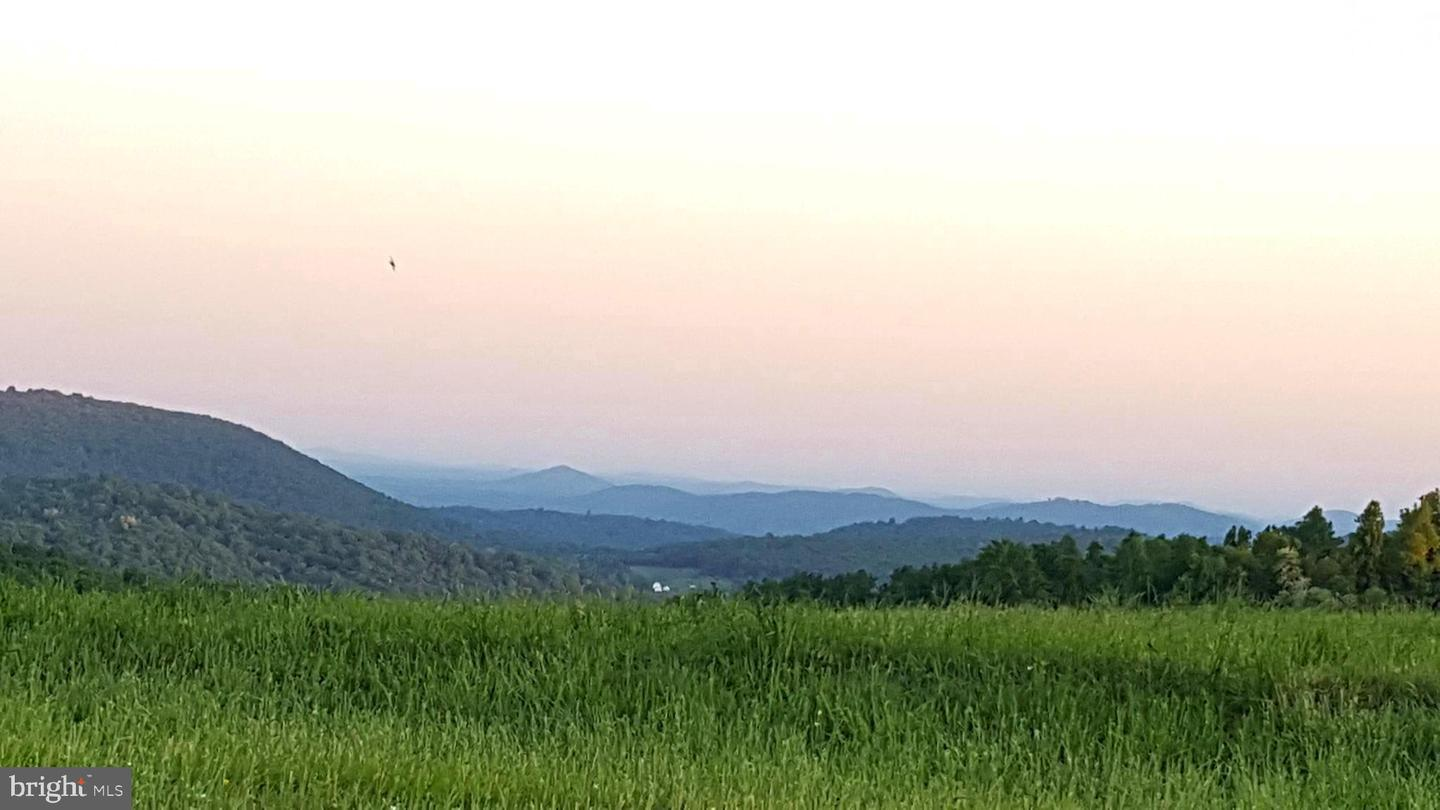 Land for Sale at Linden, Virginia 22642 United States