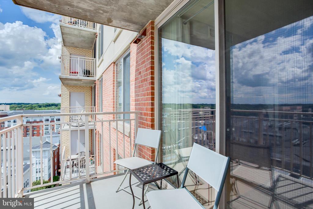 Balcony - 2726 GALLOWS RD #1213, VIENNA