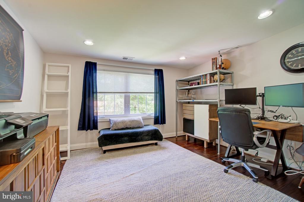 2nd bedroom on Upper level - 4802 LONGFELLOW ST, RIVERDALE