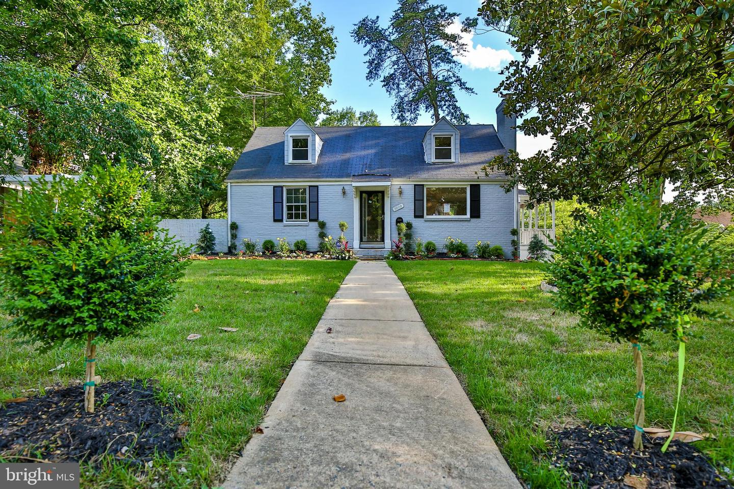 Single Family for Sale at 7019 Aronow Dr Falls Church, Virginia 22042 United States