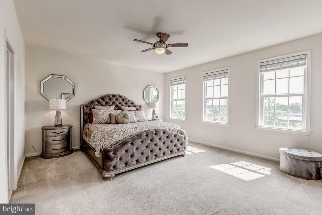 Master bedroom - 24604 BYRNE MEADOW SQ, ALDIE