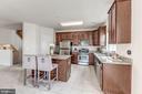 Kitchen has a separate pantry - 24604 BYRNE MEADOW SQ, ALDIE