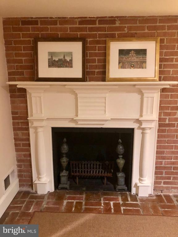 Lower Level Fireplace - 412 WOLFE ST, ALEXANDRIA