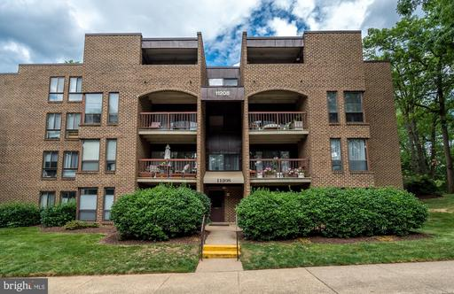11208 CHESTNUT GROVE SQ #212