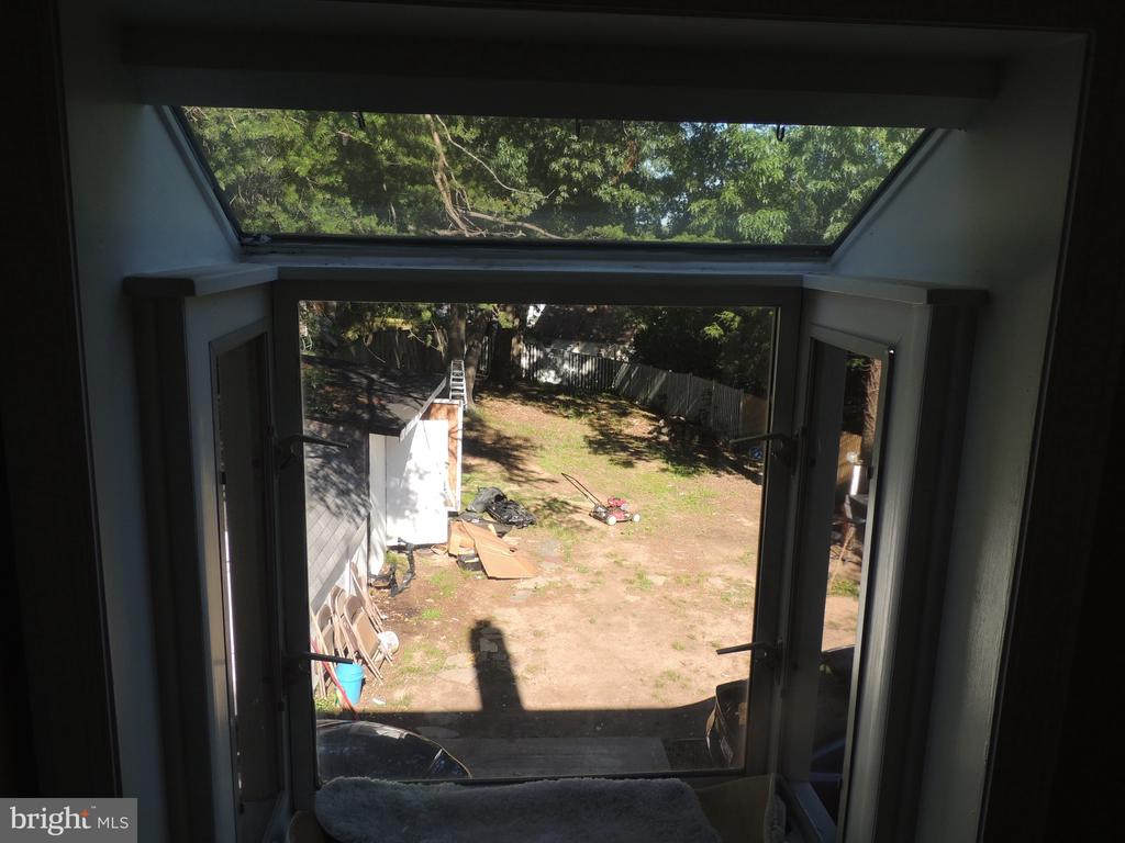 - 4213 70TH AVE, HYATTSVILLE