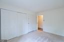 Spacious Bedroom - 11208 CHESTNUT GROVE SQ #212, RESTON
