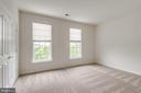 Always plenty of natural light - 43725 COLLETT MILL CT, LEESBURG