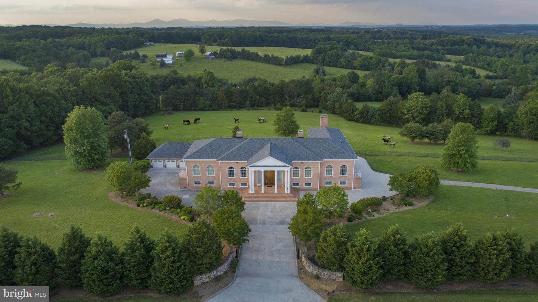 Single Family Homes للـ Sale في Huddleston, Virginia 24104 United States
