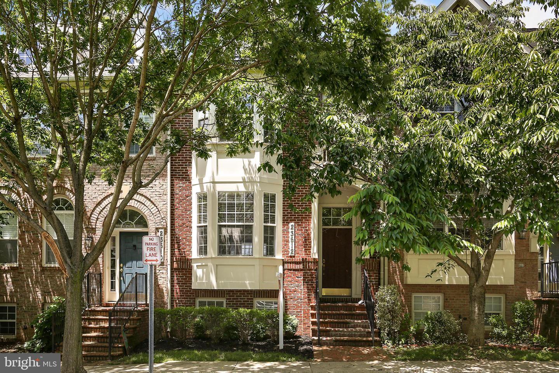 Single Family for Sale at 23512 Gardenside Pl Clarksburg, Maryland 20871 United States