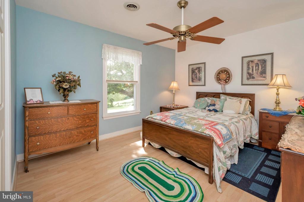 Upper Bedroom 2 - 7329 CLOVERHILL RD, SPOTSYLVANIA