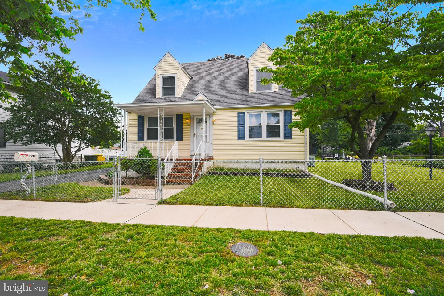 Single Family for Sale at 5719 Johnson St Baltimore, Maryland 21225 United States