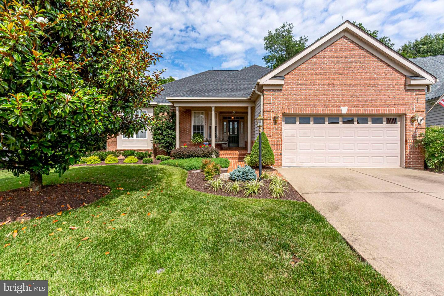 Single Family for Sale at 13749 Tuscarora Ct Gainesville, Virginia 20155 United States