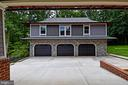 3 Car Garage with living suite/office above - 120 KINGSLEY RD SW, VIENNA