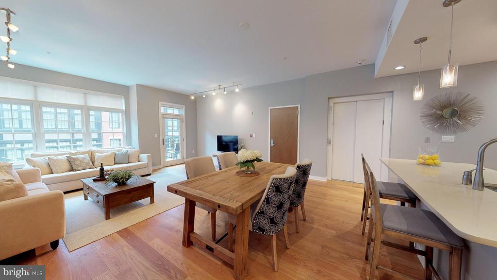 Dining Area With A View! - 1610 N QUEEN ST #243, ARLINGTON