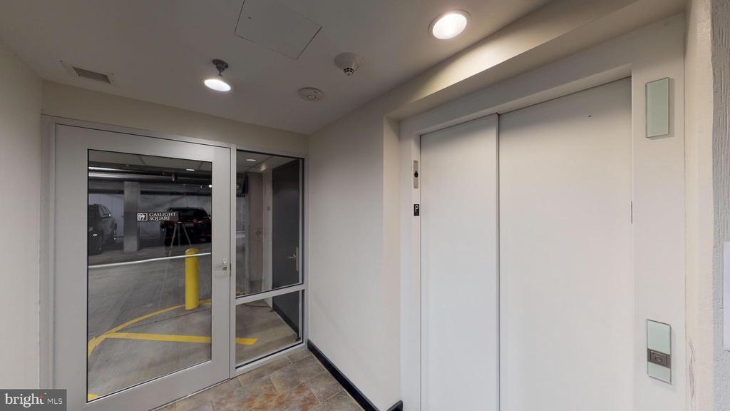 Elevator In Parking Garage - 1610 N QUEEN ST #243, ARLINGTON