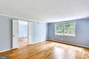 - 11301 ROLLING HOUSE RD, NORTH BETHESDA
