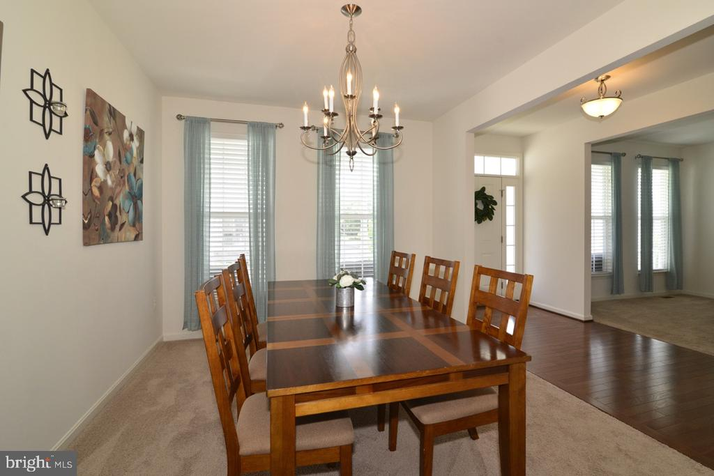 Formal Dining Room - 36071 WELLAND DR, ROUND HILL