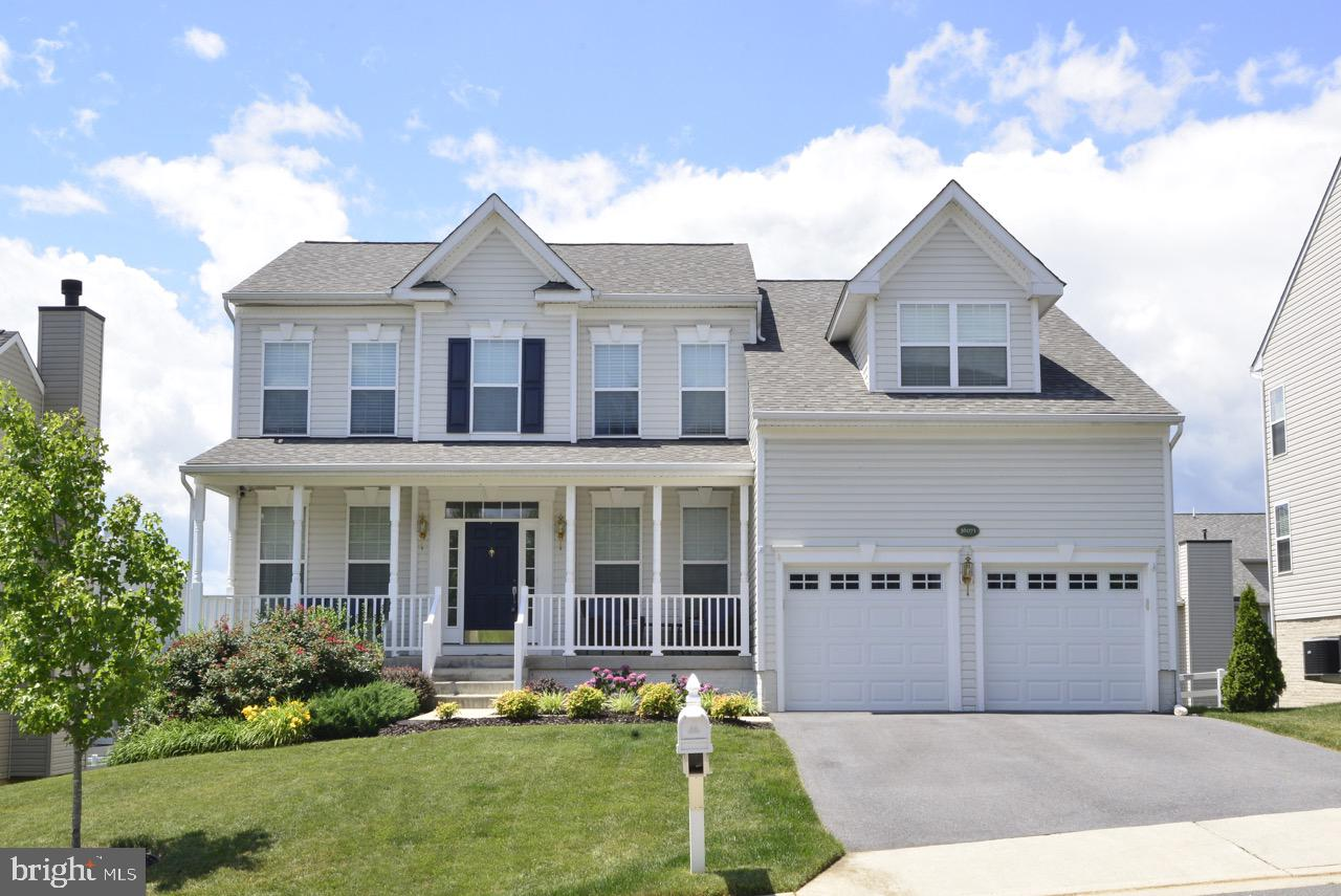 Single Family for Sale at 36071 Welland Dr Round Hill, Virginia 20141 United States
