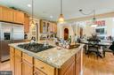 Large island for family meals - 36 PELHAM WAY, STAFFORD
