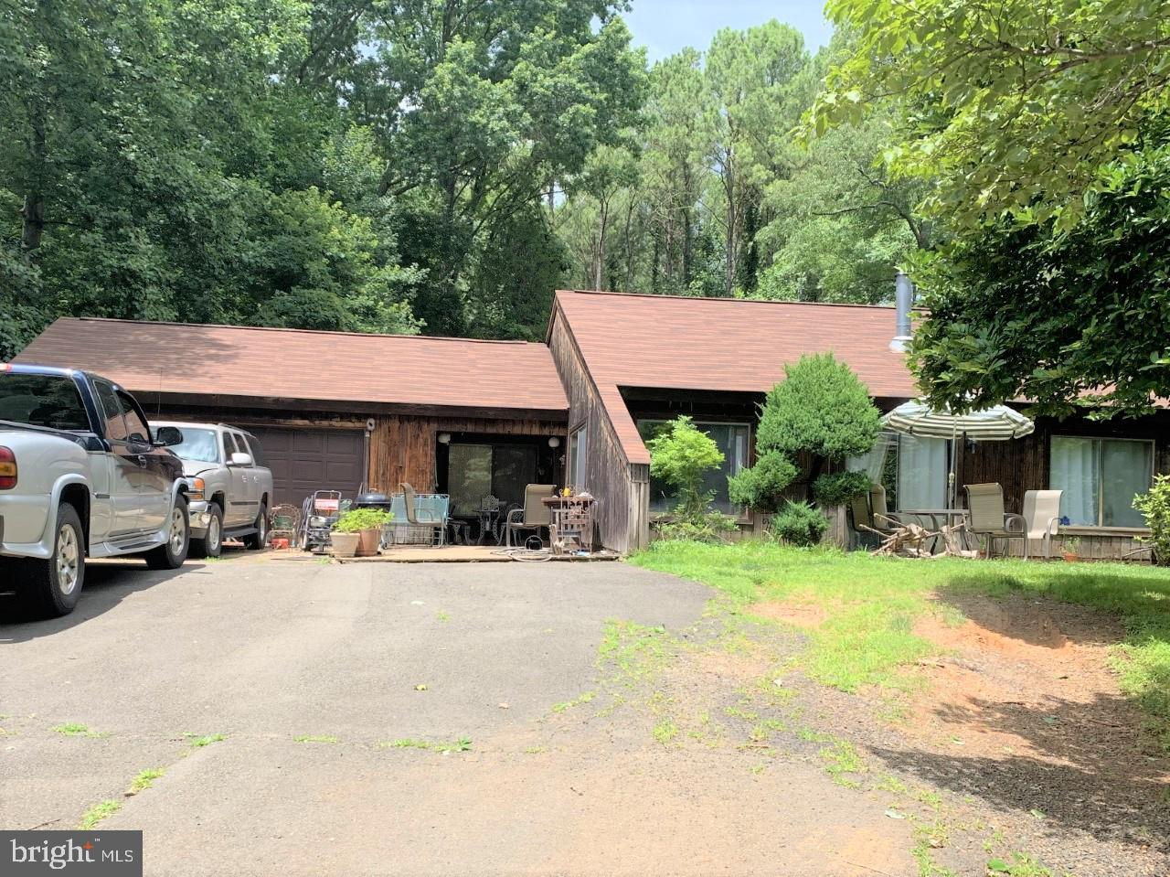 Single Family for Sale at 5644 Raider Dr 5644 Raider Dr Warrenton, Virginia 20187 United States